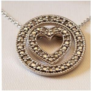 Jewelry - 1/8ct Circle Pendant w/Floating Heart/Diamonds